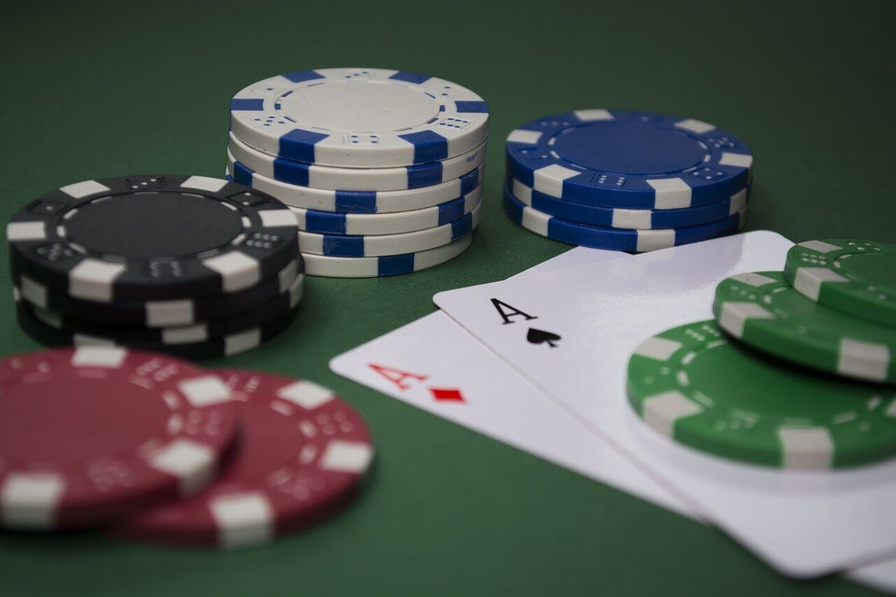 Useful Tips for Playing in a Casino